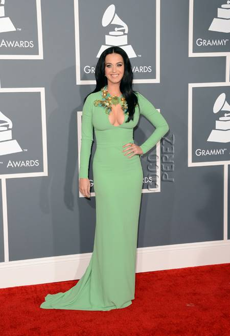 Katy looks glam in Gucci