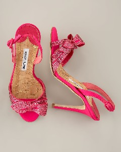 An investment I made at Neimans a few years ago...pink, plus sparkles, plus Manolo's= Jesus made these shoes for me